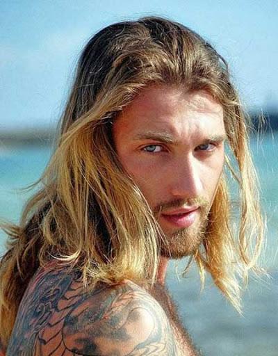 peinados largos para los hombres