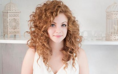 Los mejores peinados para pelo rizado – Una guía completa para la Mujer
