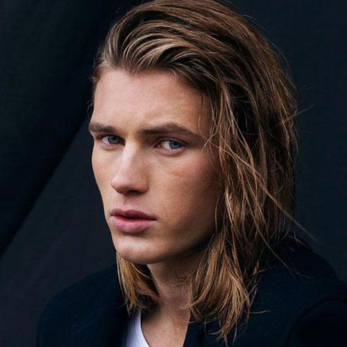 estilos de cabello para los hombres con pelo largo