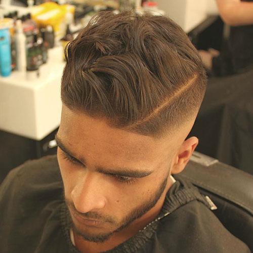 Hombres peinados sucios