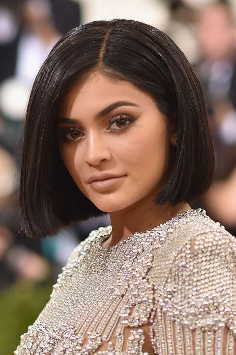 Kylie Jenner Met Gala 2016 peinado de la sacudida