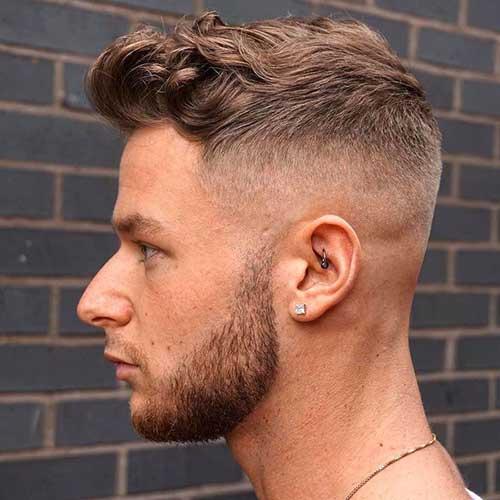 Estilos cortos del pelo para hombre 2015