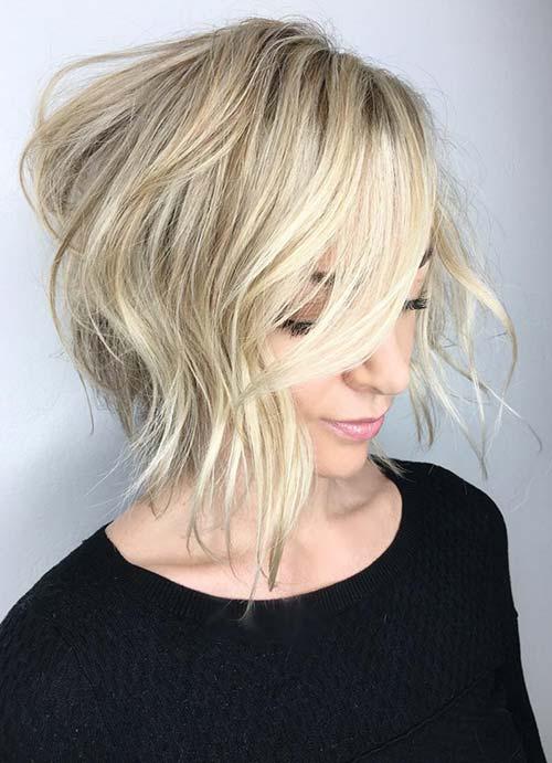 El platino incluyendo henna y rayas bob corte de pelo para cabello fino