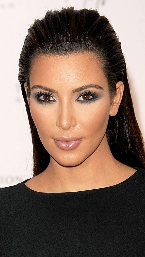 corte de pelo largo liso Kim Kardashian 2016