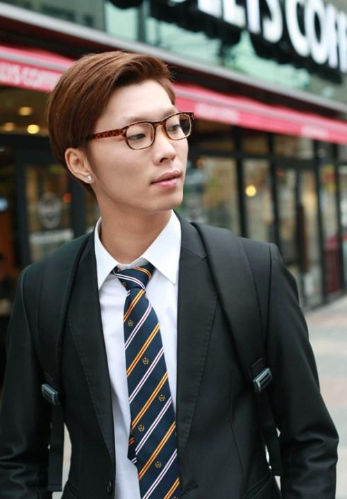 moda corte de pelo largo para los hombres de Corea