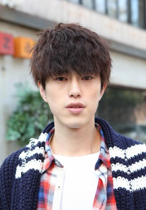 La moda coreana Peinados para Hombres