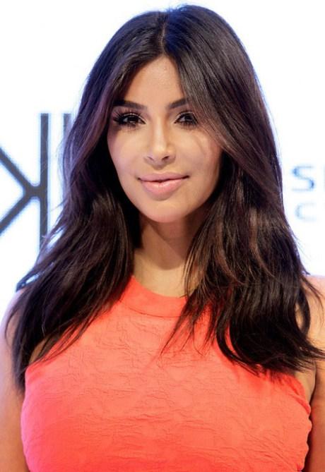 Kim Kardashian largo Centro de despedida ondulado peinado para pelo grueso
