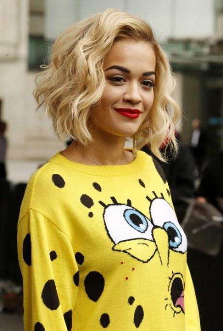 Rita Ora recortada entrecortado Bob Peinado Cabello Fino