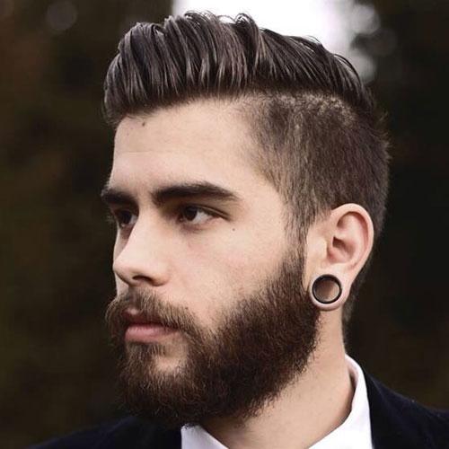 Los hombres con clase de peinados - Long barrido lateral del pelo