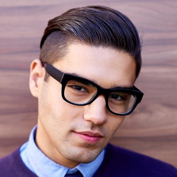 Hipster corte de pelo para el pelo corto