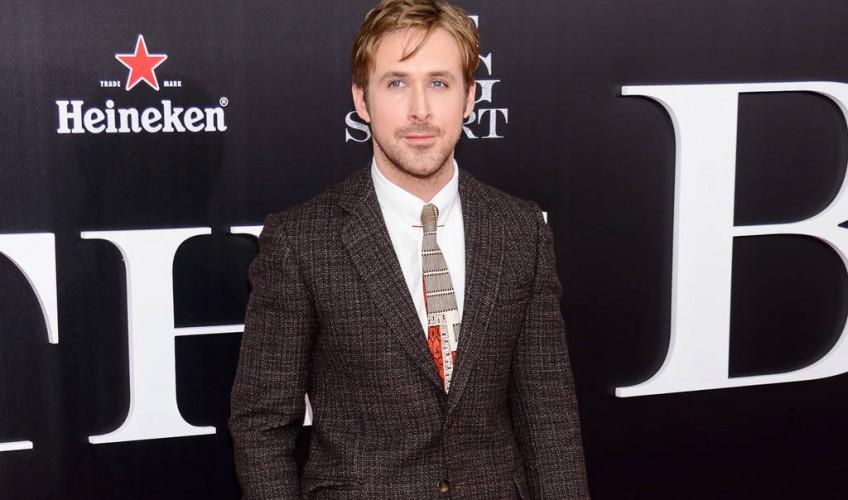 Ryan Gosling adaptarse actual peinado