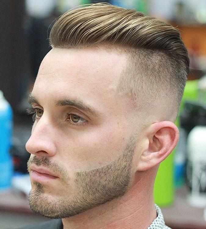 line up pelo peinado hacia atrás