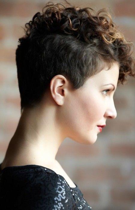 cortes de pelo corto lindos para cabello fino - de corte rizado Pixie