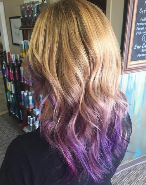 capas de ondas bronde con púrpura Ombre-ed Finaliza - V Corte de pelo para el pelo largo
