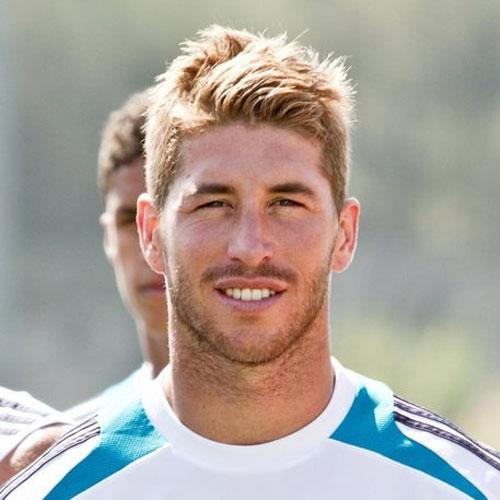 Sergio ramos con el pelo corto