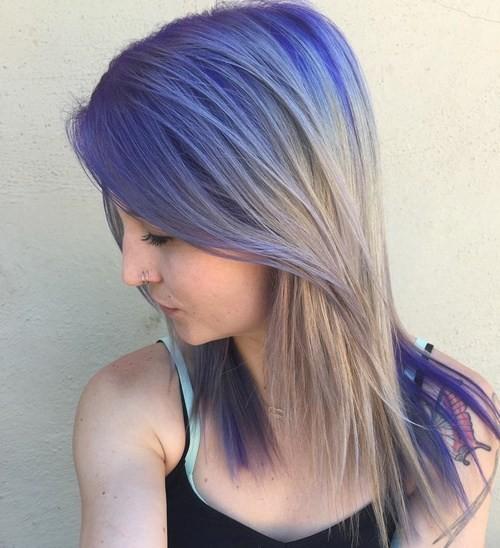 color con estilo de pelo con Shoulderr Tamaño del pelo - Rubio Ceniza y púrpura oscuro Ombre Hair