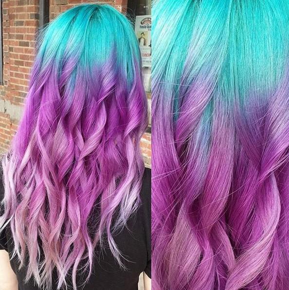 bajo luces - púrpura Ombre Hair -