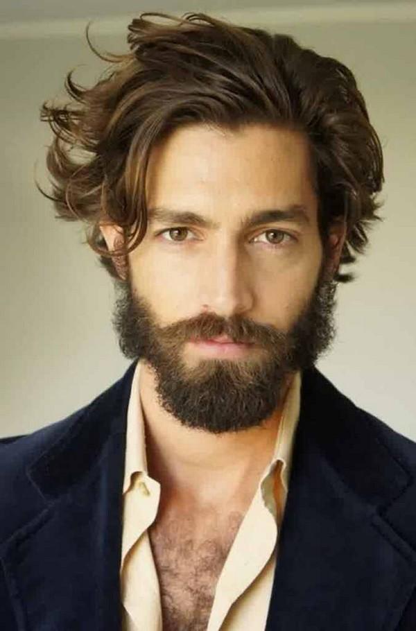 corte de pelo rizado de largo los hombres
