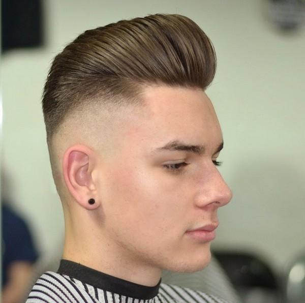 corte de pelo largo con la barba