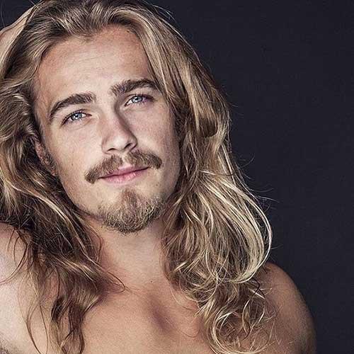 45 peinados largos para los hombres-34