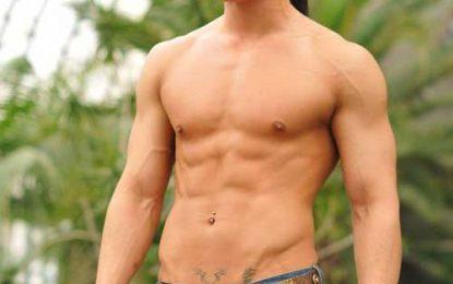 45+ asiáticos Hombres peinados