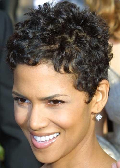 Los mejores cortes de pelo para el pelo muy rizado Super Peinados