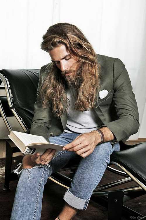 Los peinados para hombres con cabello largo-17
