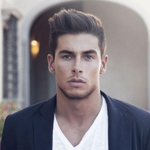 Classy Peinados para hombres - lados cortos con textura de pelo largo