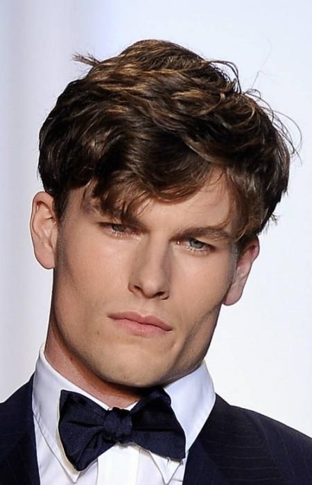 corte de pelo ondulado en capas para los hombres 2016