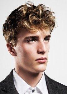 Nueva cortes de pelo masculinos y peinados 2015 peinado tupé rizado